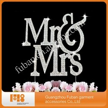 (10 pieces/lot)Large Mr & Mrs Monogram Rhinestone Crystal Wedding Cake Toppers
