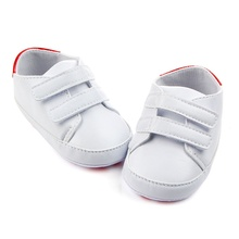 Newborn PU Leather Pure White Baby Shoes 2017 Classic Casual Kids Boy Girl First Walkers Soft Soled Sports Sneakers Shoes(China)