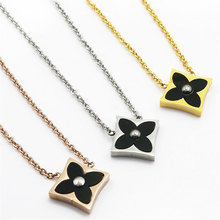 2017 Christmas Gift Happiness Clover Flower Charms Long Gold Chain Clover Necklaces&Pendants Women Jewelry Luxury Accessories