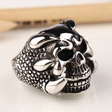 2017 New Punk Rock Mens Biker Rings Vintage Gothic Skeleton Jewelry Antique Silver Dragon Claw Ring Men Skull Rings US Size(China)
