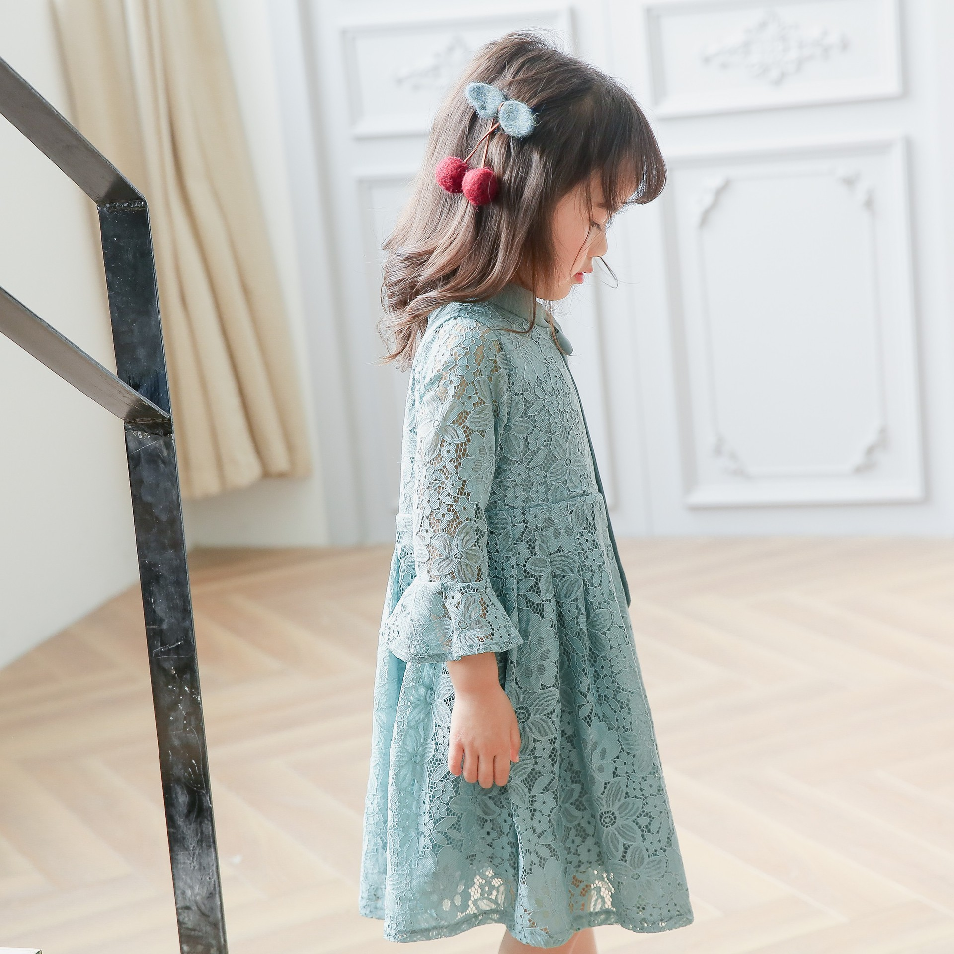 2017 Spring Style Children Dress New Hanfan Girl Sweet Sleeve Lace Girl Dress Free Shipping<br><br>Aliexpress