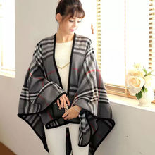 2017 Luxury Brand Leopard Rnitted Women Pocho Capes Acrylic Plaid Fashion Shawl Wrap Winter Warm Scarf Cashmere Split Pashmina
