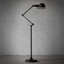 European-style minimalist living room bedroom creative lighting retro American black mechanical arm floor lamp(China)
