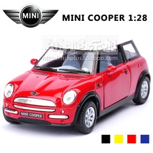 High Simulation Exquisite Baby Toys: KiNSMART Car Styling BBMW MINI COOPER Model Decoration 1:28 Alloy Car Model Excellent Gift(China)
