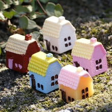 1Pcs Small Country House 5 Colors DIY Resin Fairy Garden Craft Decoration Miniature Micro Gnome Terrarium Gift F0882(China)