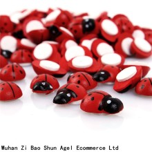 Hot Sale 100Pcs/pack Wooden Ladybird Ladybug Sticker Children Kids Painted adhesive Back DIY Craft Home Party Holiday Decoration