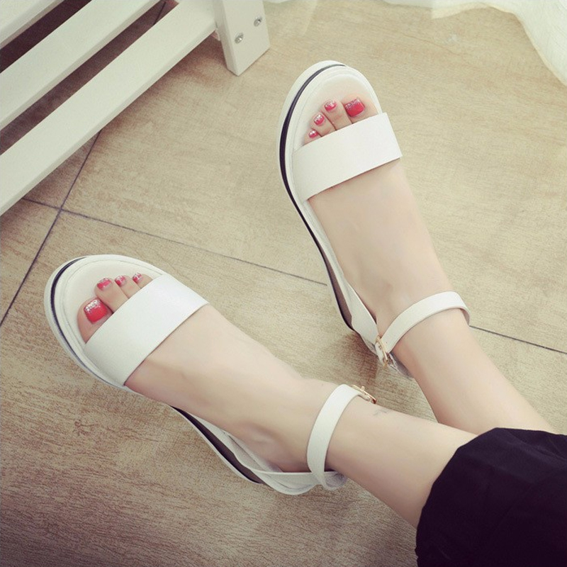 Europe and the United States the new plastic chain beach shoes candy color jelly sandals chain flat bottomed out toe sandals B02<br><br>Aliexpress
