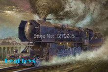 1/35 Trumpeter 00210 World War II German military model type steam locomotive BR52