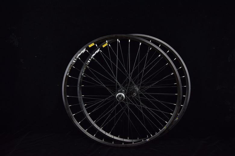 disc brake wheelset-center lock 13