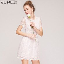 The original design of the new spring and summer 2017 Eugen yarn embroidery beautiful ladies fashion slim dress shirt