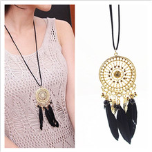 Fashion Retro Exquisite Indian Feather Leaf Hollow Lace Circle Dream Catcher Bohemia Lady Dress Sweater Necklace X-363