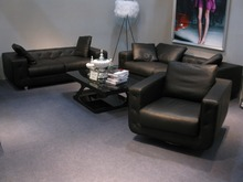Hot sale modern chesterfield genuine leather living room sofa set black color for feather inside cushions