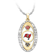 Tampa Bay Buccaneers Pride oval Pendant Necklace drop shipping Football team logo sports jewelry best christmas gift(China)