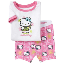 Girls Clothes Baby Pajamas Sets 2016 Summer Kids Short Sleeve T-shirts + Shorts Cartoon Hello Kitty Outfits Children Clothing