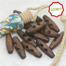 Looen Brand Sewing Accessories 50Pcs Olive Shape Wood Sewing Horn Toggle Buttons 2 Holes Cloth Accessories DIY 3.0*1.0cm(China)