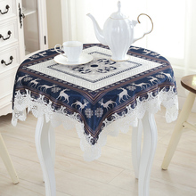 Wholesale Custom Made Christmas Luxury Pleuche Table Runner Reindeer Lace Edge Tablecloth Table Flag Towel Cloth Xmas Decoration