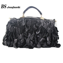 Black tassel paragraph handbag large-capacity female bag stitching leather handbags women's fashion(China)