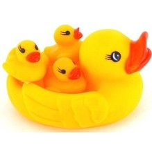 Bathing toys beach baby toys Floating duck swimming duck tweak the sound called baby bath toy squeezed ring toy kids baby gift