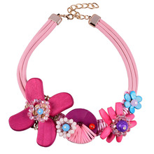 Creative Pink Rope Vintage Braided Pink Wooden Flower Women Handmade Choker Necklaces Vintage Jewelry Bohemian Wood Necklace(China)