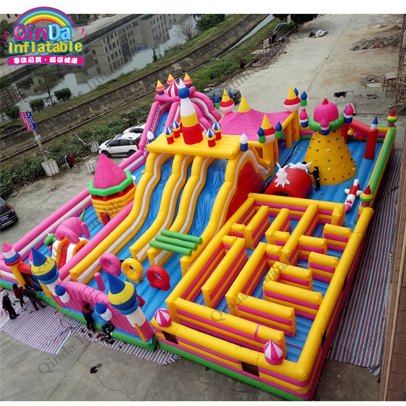 inflatable bounce obstacle adult89