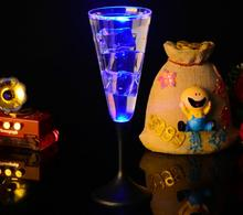 22*7.2*7.4m Water Inductive LED Cup Glowing Champagne Beer Wine Drink Liquid Fruit Juice Glass Mug Christmas Party Creative Gift(China)