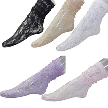 Women's Fashion Sexy Lace Socks Invisible Short Length Hollow Floral Summer Discount New Year's Socks(China)