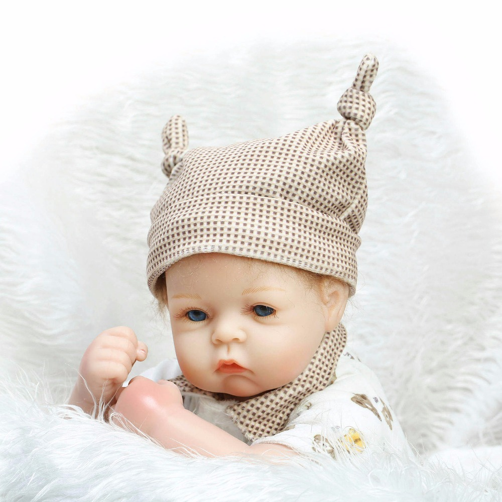 20 inch 52 cm baby reborn Silicone dolls, lifelike doll reborn Cute suit with baby bear<br><br>Aliexpress