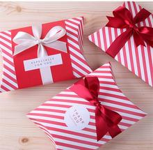 500 Pcs candy dessert bag chocolate pillow-like Red strip paper gift box Wedding Party Decoration DIY favor baby shower(China)