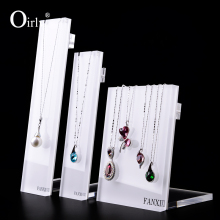 Oirlv Free Shipping Elegant Acrylic Necklace Display Shelf Stand White Organic Glass Jewelry Showcase Rack with Hooks Exhibitor