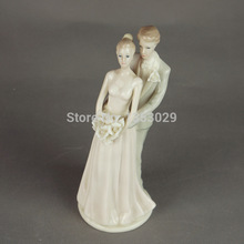 Free Shipping Mariage Wedding Cake Decoration Party Supplier Ceramic Figurine Bride and Groom Couple Design Wedding Cake Toppers