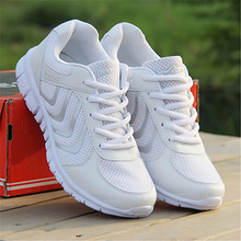 2017 new Sneakers Women mesh Breathable Sport Shoes Running Shoes Light outdoor Sneakers 35-44 Shoes woman