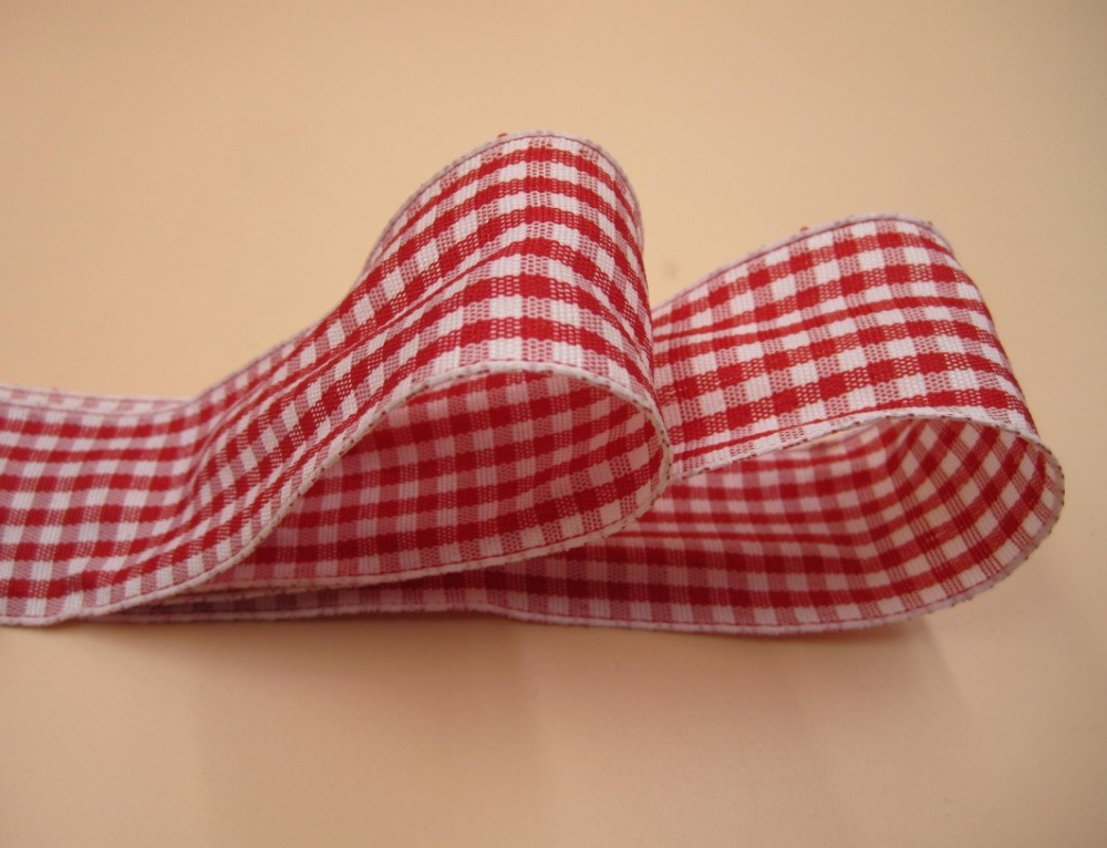25mm Wired Edge Christmas Ribbon with Square Lurex Pattern