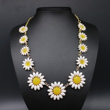 Match-Right Resin Daisy Flower Statement Necklace Women Summer Style Necklaces & Pendants Collar Jewelry(China)