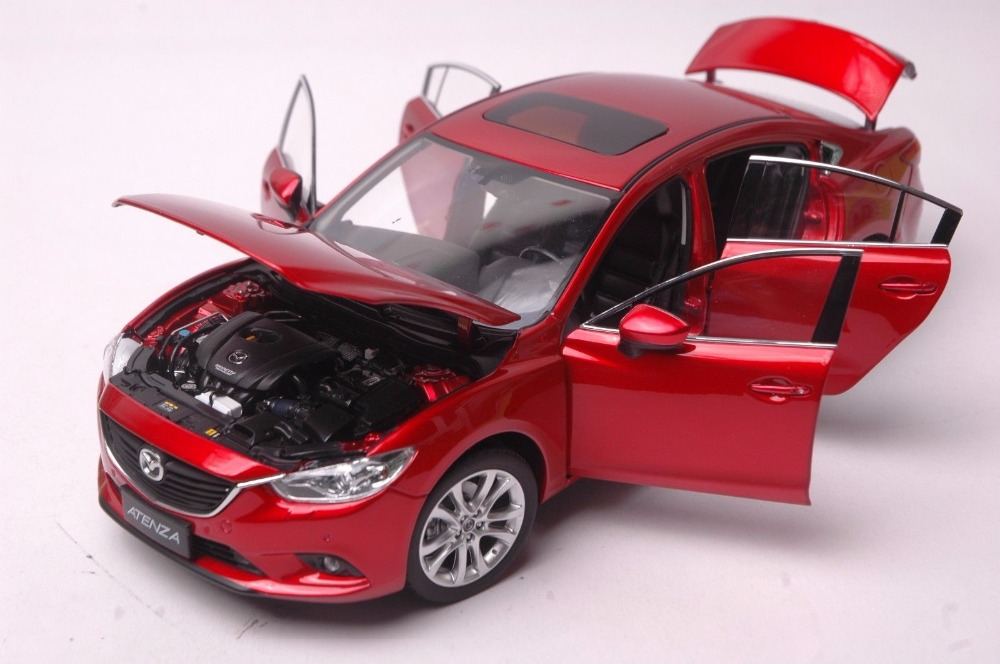 Mazda Atenza car model in scale 118 r 5