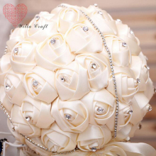 European And American Brides Holding Flowers Sparkle Crystal Wedding Bouquet Artificial Rose Flower Bridal Bouquet