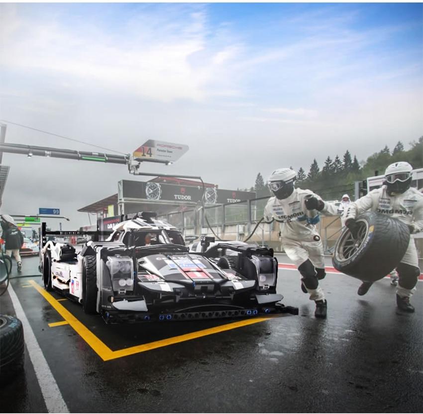 LEGO-RACING-CAR_12