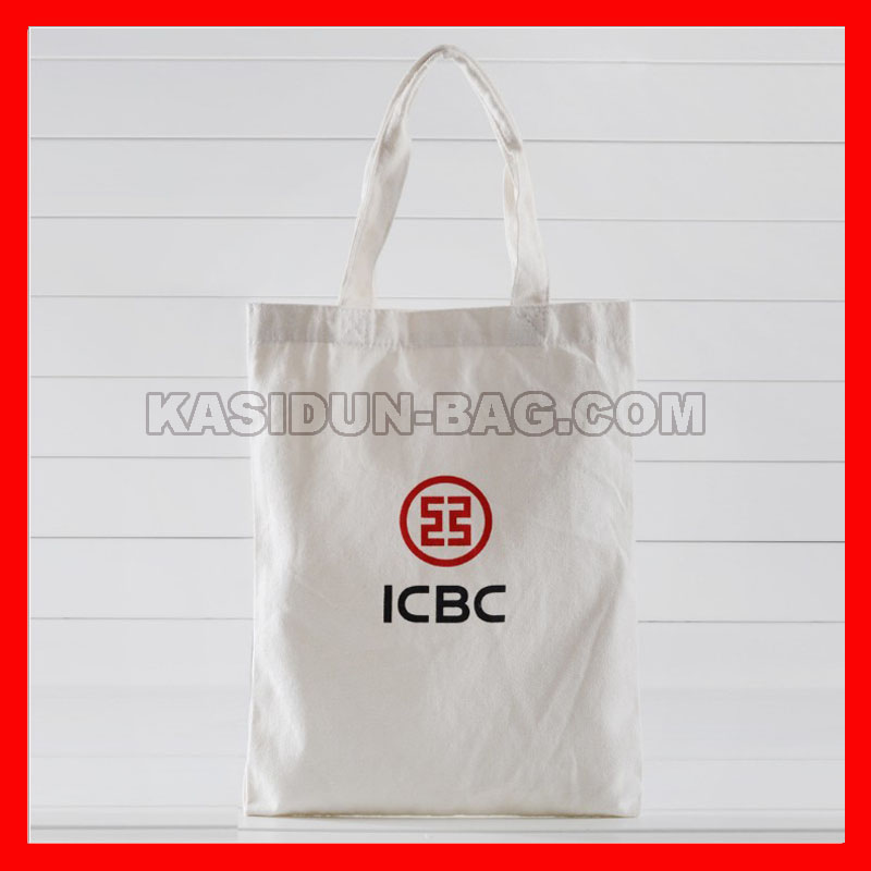 bag with two colors logo