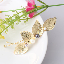 Vintage Leaf Shaped Hairpins in Women Hair Accessories Hair Pins Metal Pearl Hairgrips Hair Stick Wedding Headwear for Female