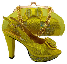 Graceful Shoes With Matching Bags Set With Rhinestones For Party African Sandal And Bag Set For Party Yellow Colors(China)