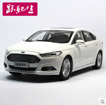Hot sale Ford Mondeo 2013 1:18 Original simulation of high-quality alloy car model white toy gift Limited Collection