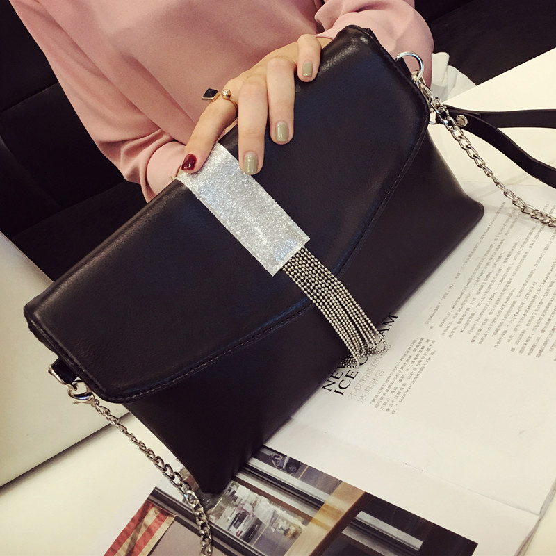 2017 Sale Flap Pocket Single Cell Phone Pocket Zipper Day Clutches Flap Women Solid New Female Hand Leather Evening Bag Tassel<br><br>Aliexpress