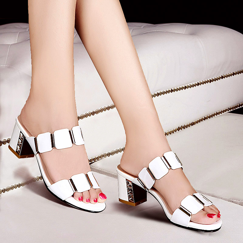 Han edition fashion cool white diamond slippers in the 2017 summer thick with open-toed sandals with a high-heeled shoes<br><br>Aliexpress