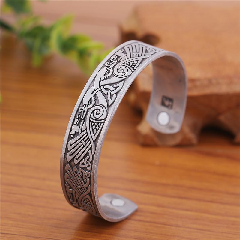 Cuff bracelet252