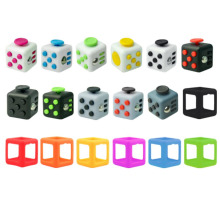 Fidget Cube Toy Size 3.3*3.3cm Viny Desk Anti-stress Fidget Hand Spinner Toy Tri-Spinner Fidget Gift For ADHD Children Cubo