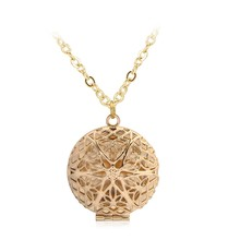 Vintage Style Round Shape Hollow Filigree Locket Photo Pendants Wishing Box Pendant Necklace Memorial Jewelry