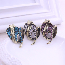 2017 New 3 Colors Alloy Rhinestone Cobra Snake Rings For Women Wedding Ring Free Shipping Wholesale