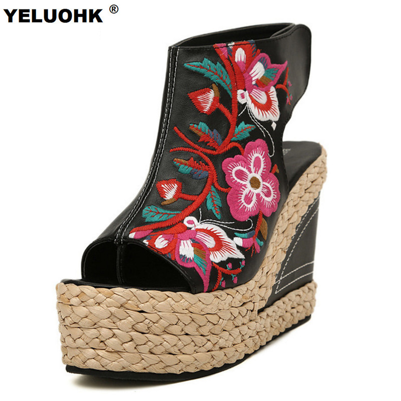Handmade Embroidered Summer Shoes Women Wedges Sandal Fashion Peep Toe High Heels Platform Shoes Sandals Women Pumps <br>