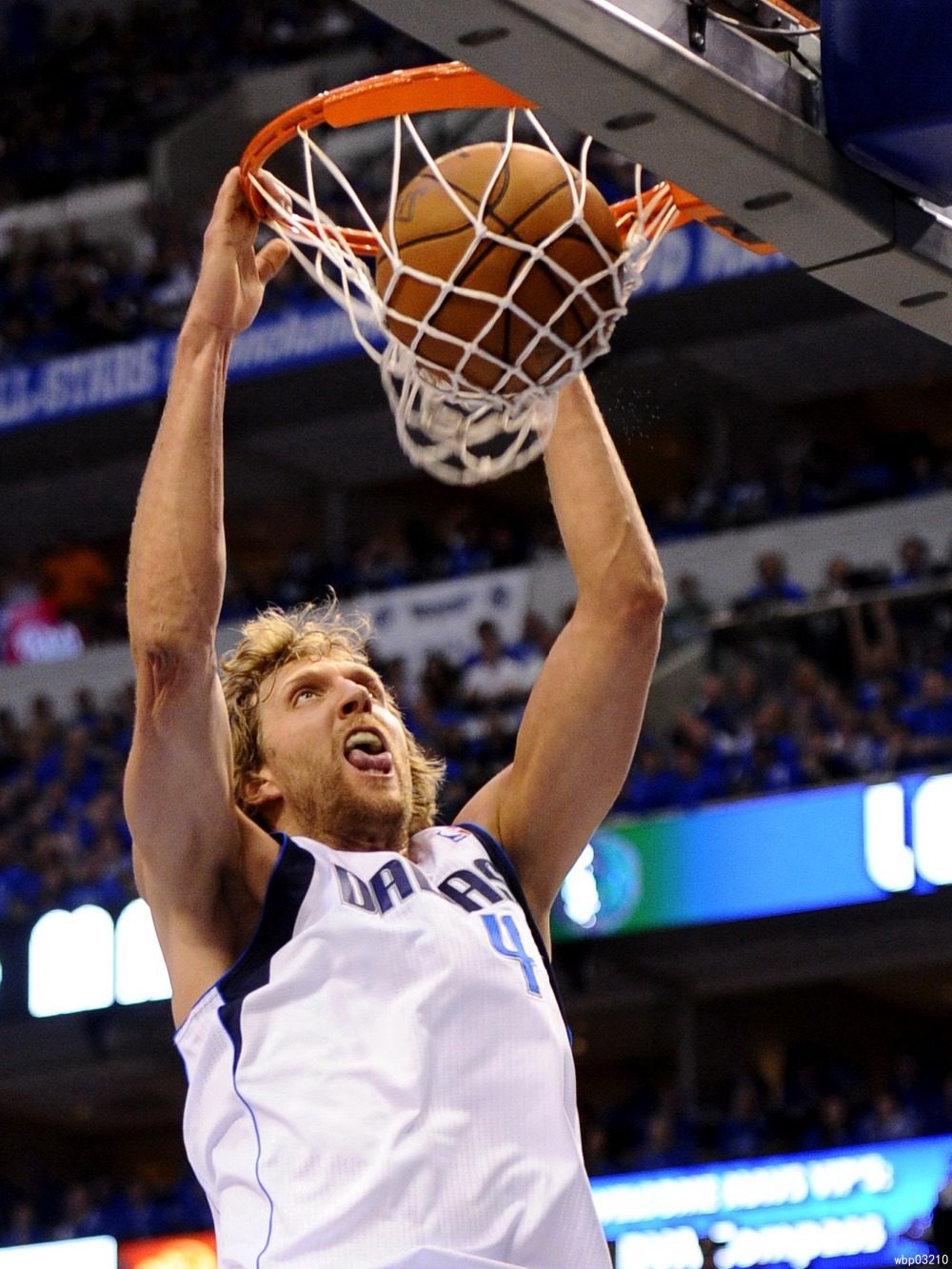 Dirk Nowitzki Dunk Dallas Mavericks Basketball Art Huge Poster TXHOME D5656(China (Mainland))