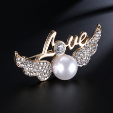 SHUANGR Newest Fashion Jewelry Vintage Gold-Color Angel Wings Brooch Pins for Woman Simulated Pearl & Crystal Brooches