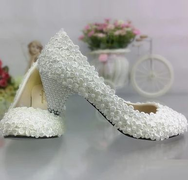 New! white light ivory lace wedding shoes for woman TG322 middle heel pearls bridal shoes ladies plus size  dance shoe<br>